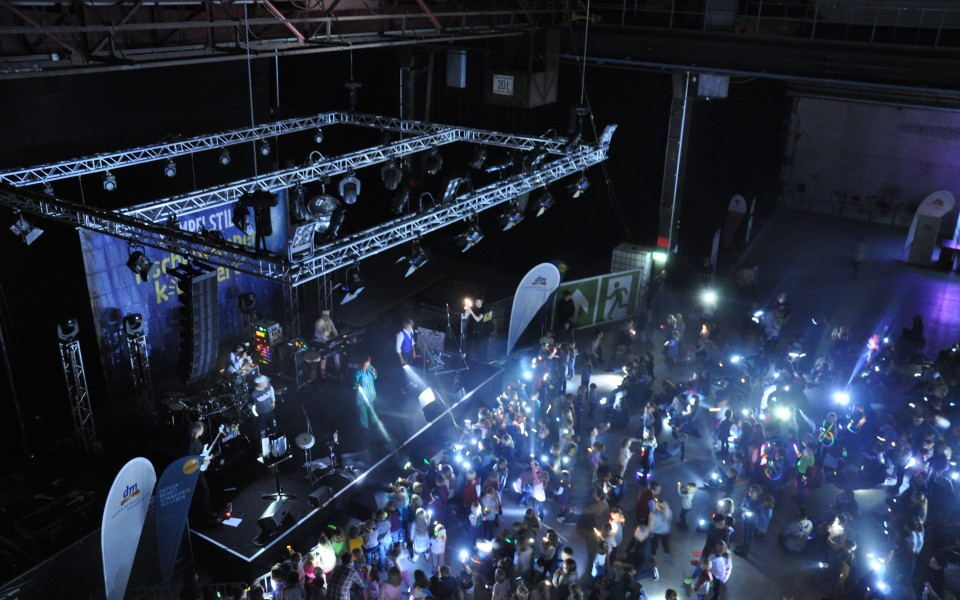 Taschenlampenkonzert Mainz Rumpelstil Familienkonzert Kinderkonzert Kinder Konzert Kindermusik